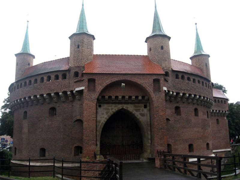 Бастион Барбакан в Кракове