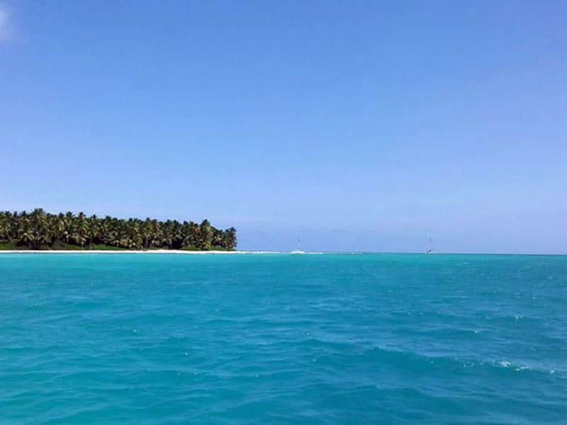 Естественный бассейн в Карибском море