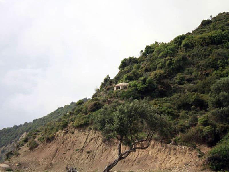 Бункеры Албании