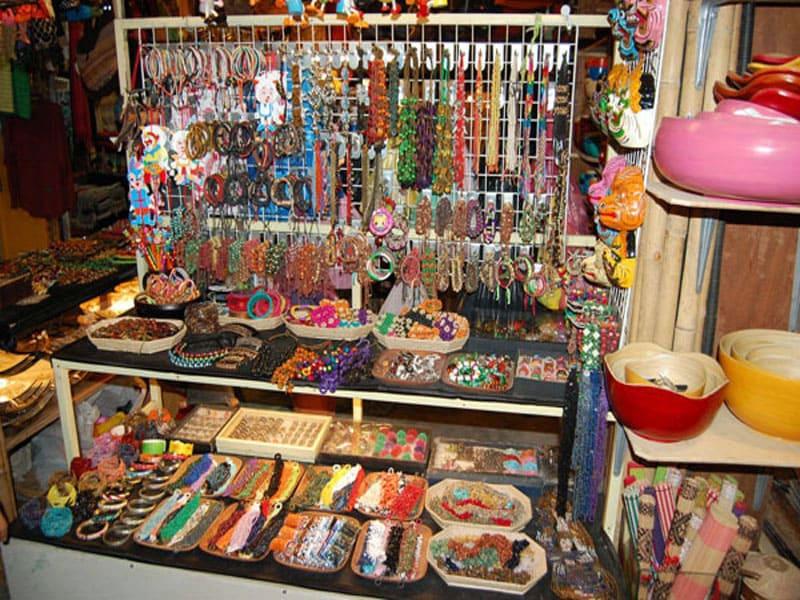 Сувениры в Камбодже