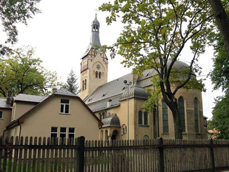 Лютеранская церковь в Дубулты