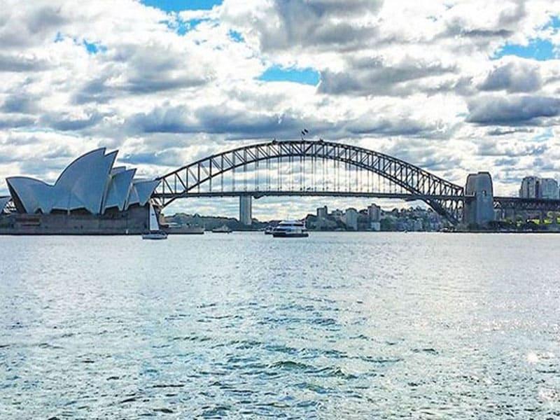 Сиднейская опера и Харбор Бридж