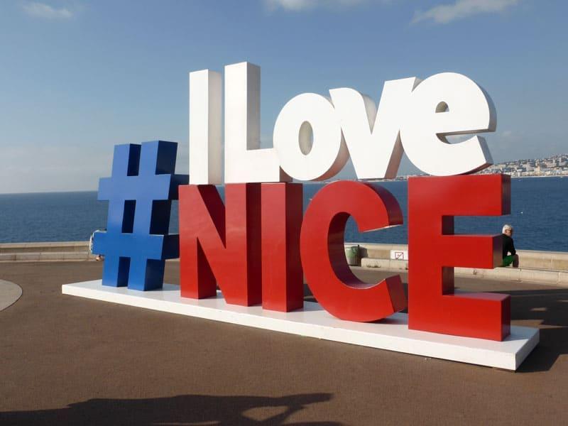 Памятник Я люблю Ниццу (I Love Nice)