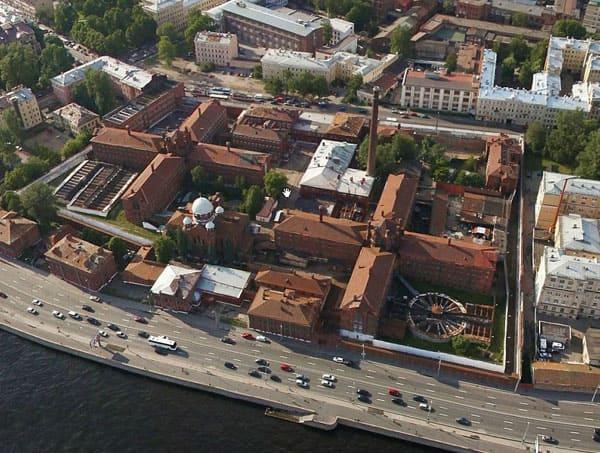 кресты фото тюрьма сверху коттедж, дом