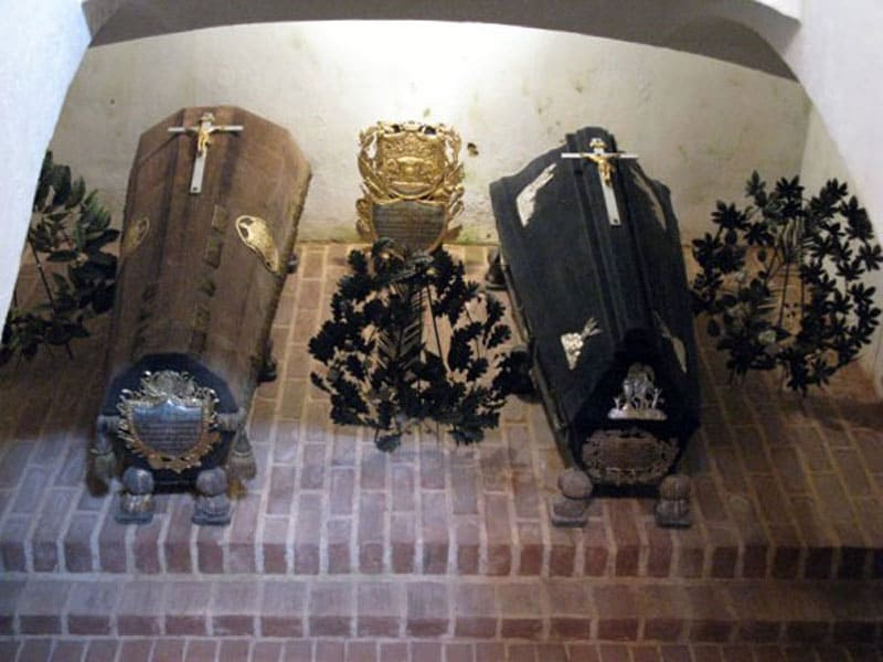 Мавзолей Барклая де Толли