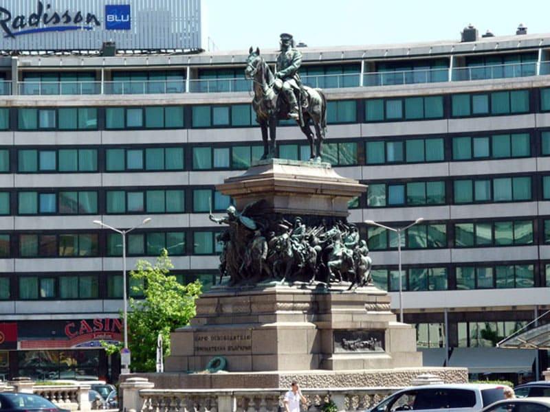 Памятник Царю-освободителю