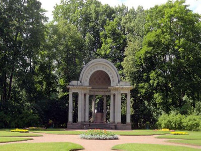 Памятник императрице Мари Фёдоровне