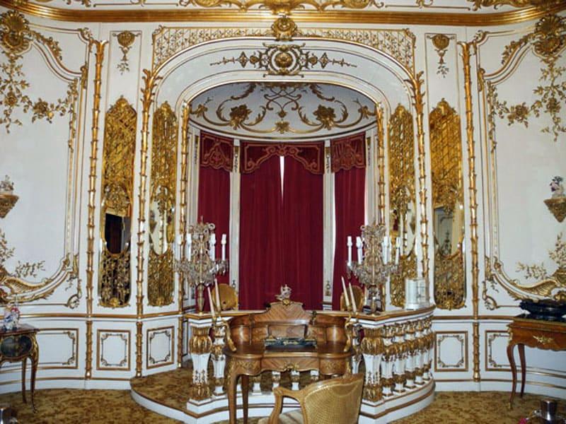 Дворец Пелеш