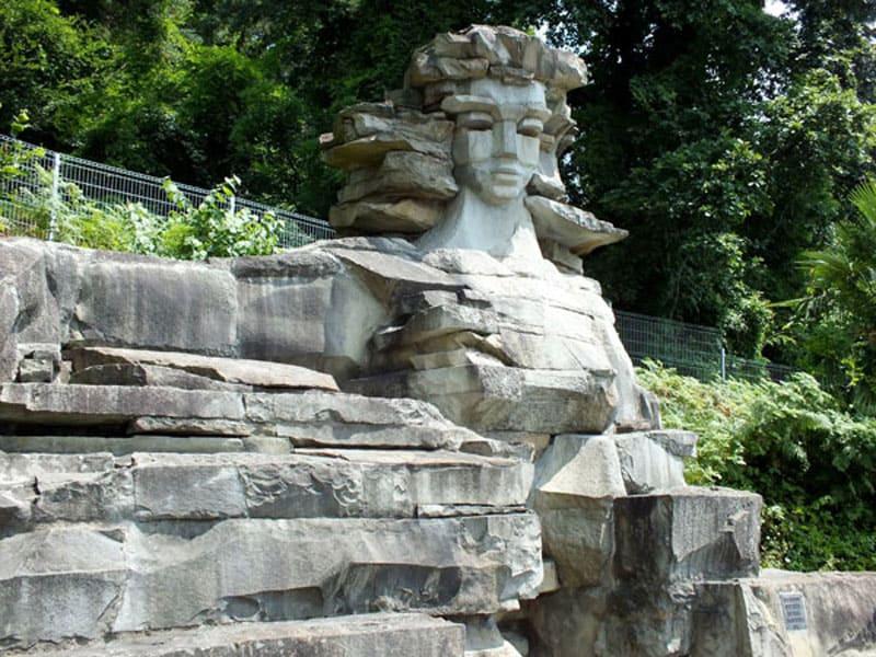 Скульптурная композиция Мацеста