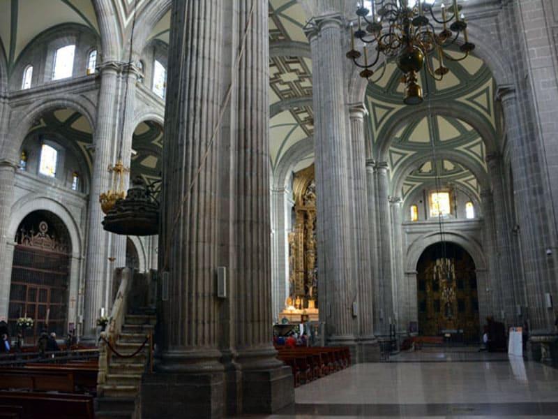 Кафедральный собор в Мехико
