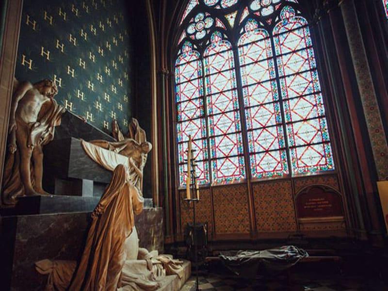 Собор Парижской Богоматери внутри