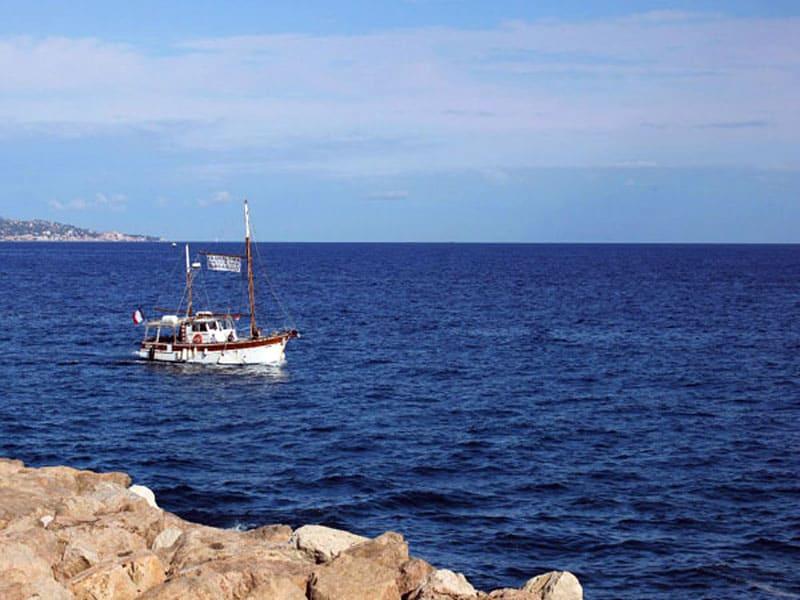 Средиземное море, Ментона, Франция