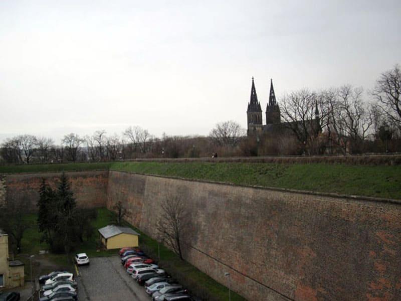 Крепостные стены Вышеграда