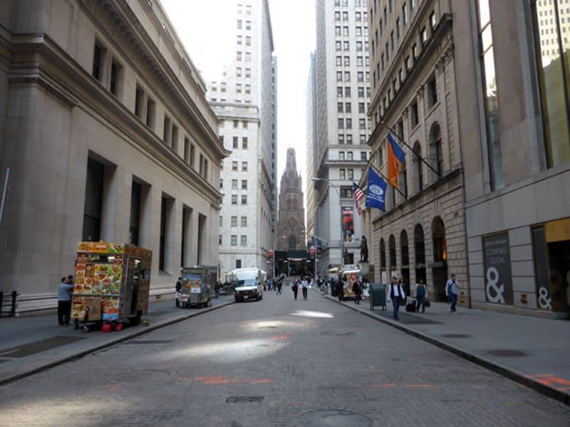 Улица Уолл-стрит