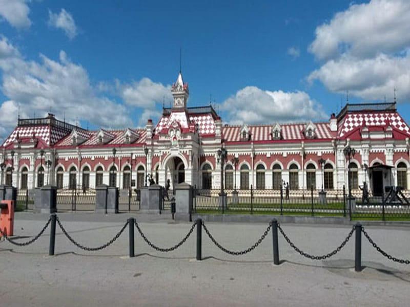 Здание старого вокзала